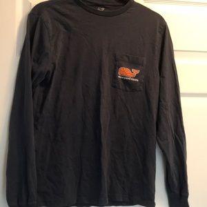 Men's Vineyard Vines long sleeve basketball shirt